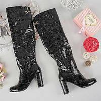 Женские черные сапоги ботфорты из натуральной кожи на каблуке