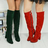 Женские зеленые сапоги ботфорты из натуральной замши на каблуке
