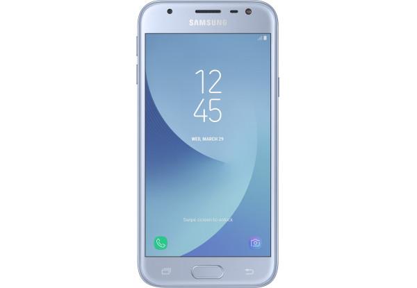 Смартфон Samsung Galaxy J3 2017 Duos Silver (SM-J330FZSD)