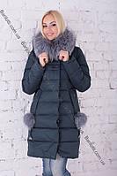 Тёплый длинный женский пуховик с натуральным мехом чернобурки Peercat 17-783 Изумруд