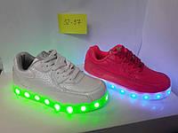 Дитячі кросівки з LED підсвічуванням ПОЛЬЩА  (Детские светящиеся кроссовки с LED подсветкой ПОЛЬША)