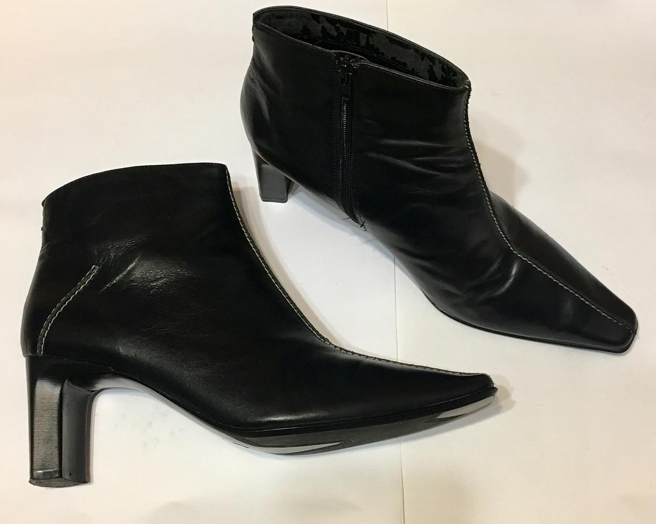 Шкіряні підлозі чобітки ботильйони donna 40 р