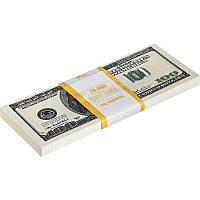 Пачка денег по 100 долларов