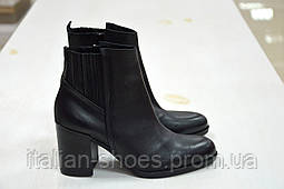Женские итальянские черные ботинки Roberta Lopes к.-453