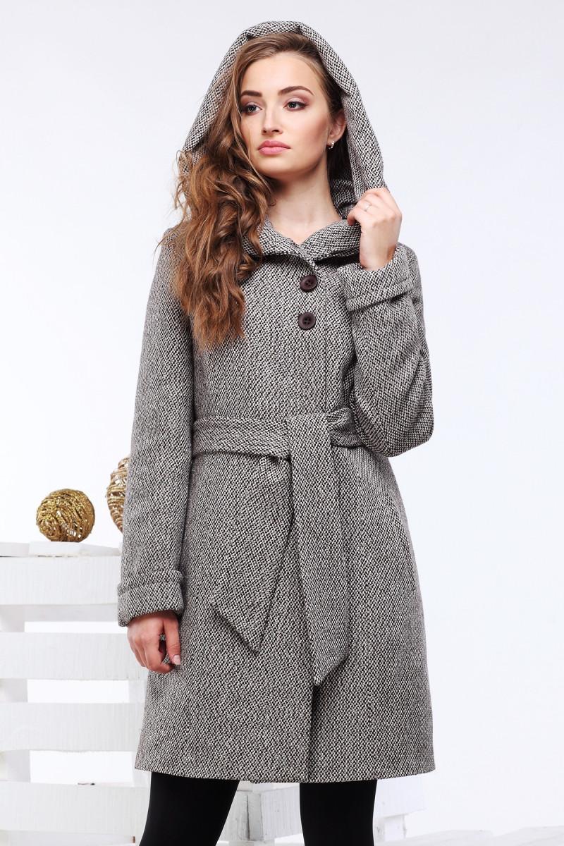 Демисезонное женское пальто из шерсти