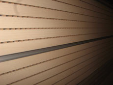 Перфорированная шпонированная панель из MDF Decor Acoustic 14/2 2400*576*17 мм бук