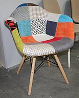 Кресло с подлокотниками M-02 patchwork лоскуты, деревянные буковые ножки Charles Eames Style, в стиле лофт