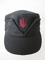 Мужская кепка с вышитым гербом, фото 1