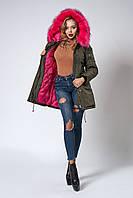 Женская молодежная зимняя парка с ярким мехом. Код модели К-104-59-18. Цвет хаки.