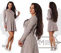 Платье миди А-покроя облегающее из ангоры с люрексом с длинными зауженными рукавами и двумя оборками на лифе