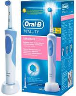 Зубная щетка BRAUN Oral-B Vitality Sensitive D12.513