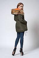Женская молодежная зимняя парка с мехом енота. Код модели К-105-59-18. Цвет хаки.
