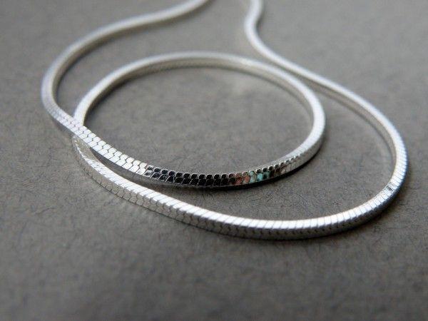 Серебряная цепочка квадратный снейк