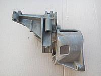 Кронштейн насоса гидроусилителя (028 145 523 D) Гольф 3 Венто Вариант Toledo Passat В3 B4/Пасат Б3 Б4