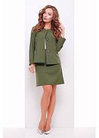 Стильный женский пиджак оливкового цвета.