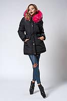 Женская молодежная зимняя парка с ярким мехом. Код модели К-104-59-18. Цвет черный. Размеры: S, M, L, XL.