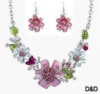 Комплект серьги и ожерелье цветы