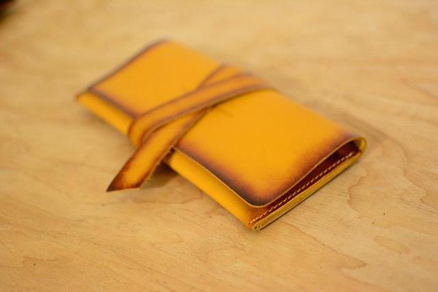 Кожаный кошелек клатч на закрутке