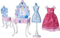 Набор мебель и платье для Золушки, Disney Princess Cinderella's Enchanted Vanity Set
