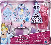 Набор мебели для куклы Золушки, туалетный столик+стул+стойка+платье+3 предмета золушки HASBRO! Оригинал из США