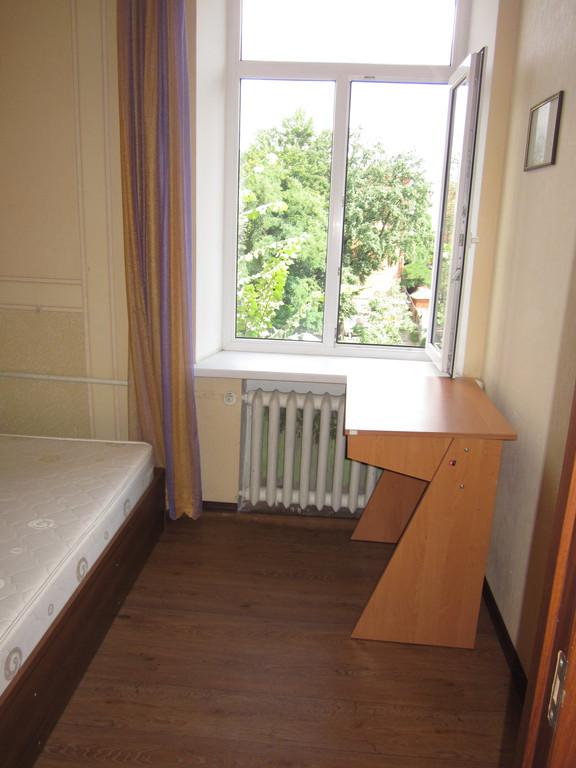 Генеральная уборка жилой квартиры.