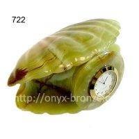 Ракушка  часы  из  оникса