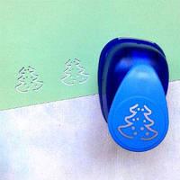 Фигурный дырокол 2 см Елка c шариками 3D  PUP-110.203