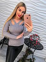 Женский красивый свитер/ джемпер с оригинальным вырезом и жемчугом (4 цвета) белый