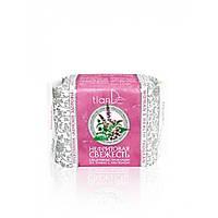 Ежедневные гигиенические прокладки на травах с ментолом «Нефритовая свежесть»