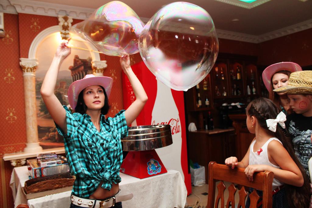 Проведение шоу мыльных пузырей 25