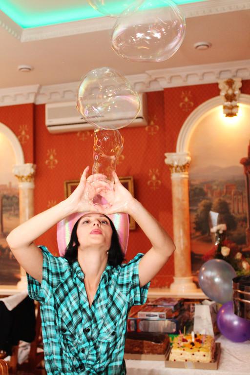 Проведение шоу мыльных пузырей 1