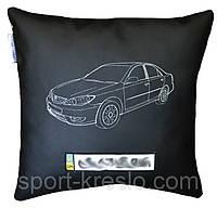 Подушка сувенирная  автомобильная с логотипом toyota