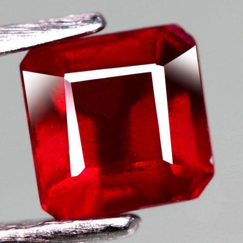 Рубин натуральный 1.73CT  5,8 х 5,8 х 4,5 мм
