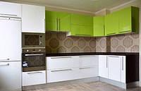 "Угловая кухня ""зеленый с белым"""