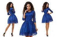 Очаровательное женское платье-бэби долл с гипюром