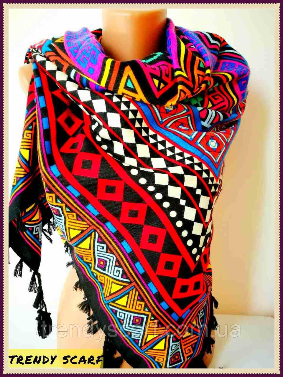 Женский Платок красный сиреневый сине-желтый орнамент и черный кант с кисточками.размер 110/110 Пэчворк