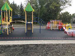 Устройство бесшовного покрытия для детской площадки 5