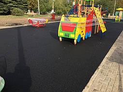 Устройство бесшовного покрытия для детской площадки 11