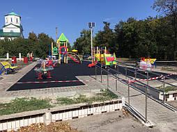 Устройство бесшовного покрытия для детской площадки 14