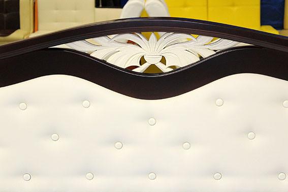 кровать деревянная от торгового дома Наоми