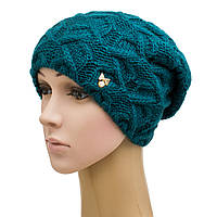 Ажурная зимняя вязанная женская шапка