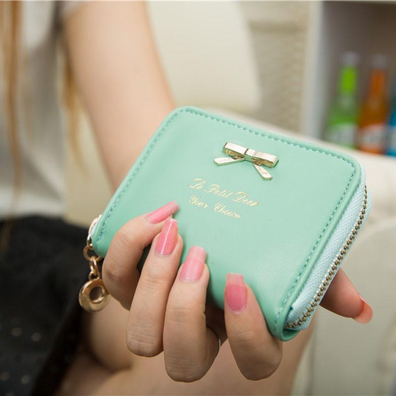 27a4db350959 Женский маленький кошелек на молнии необычного нежного цвета ...