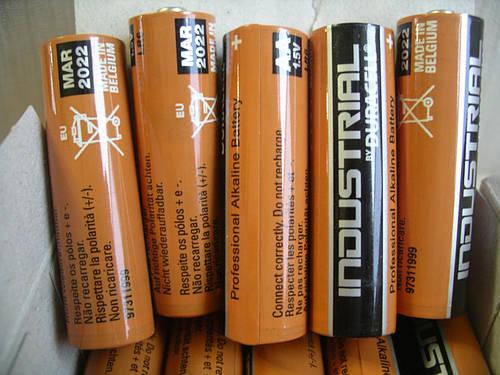 Duracell Industrial LR6 алкалиновая пальчиковая батарейка