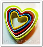 Вырубки для мастики Сердца разноцветные