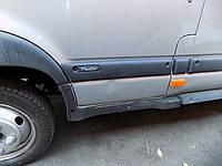 Молдинг передней двери Renault Mascott/ Рено Маскотт 2004-2010