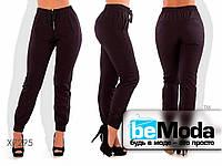 Стильные женские брюки с резинками на манжетах  бордовые