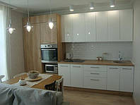 """Кухня """"белый глянец и дерево"""""""