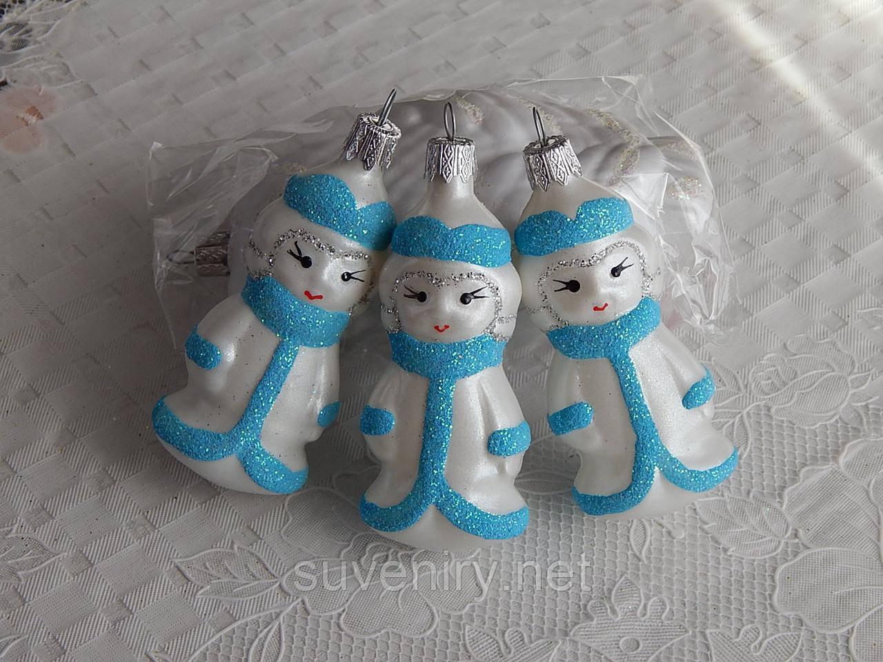 Новогодняя игрушка фигурка снегурочка