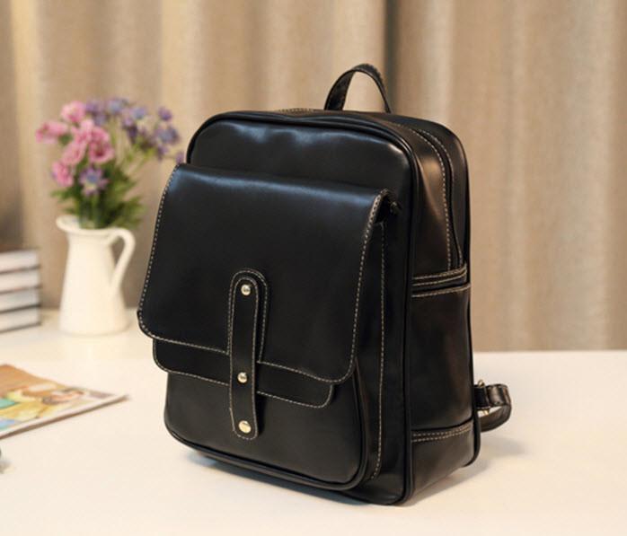 Вместительный городской рюкзак с оригинальным дизайном