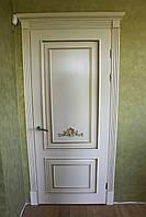 Двери из ясеня с порталами